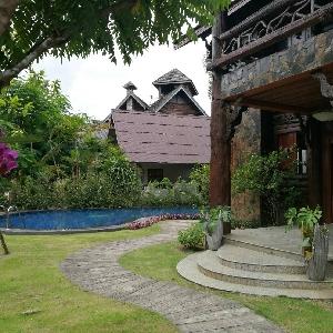 รหัส 817 บ้านหรูหลังใหญ่พร้อมสระว่ายน้ำช่างเคี่ยน