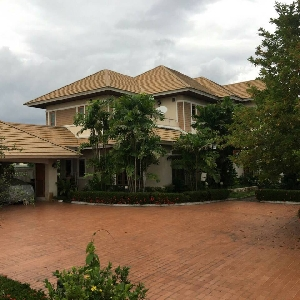 Code 585 House for sale…
